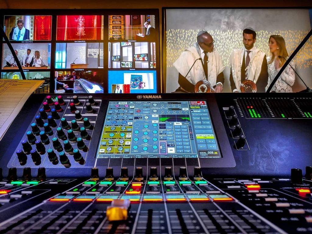 Another day, another service.  #proaudio  #broadcast  #saturdayvibes  #mixingandmastering  #livesound  #behindthescenes