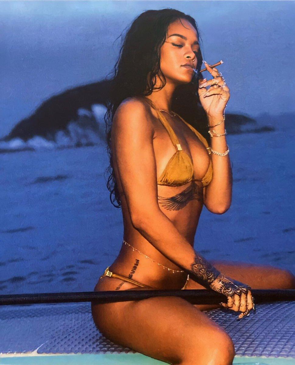 RT @FentyCop: Rihanna appreciation post https://t.co/J5QAIwSuRp