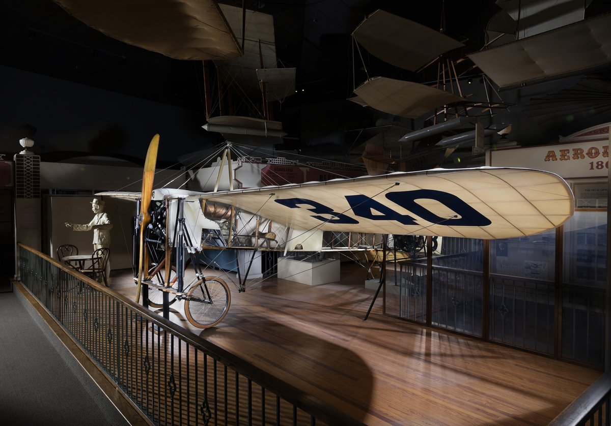 #TDIH 1909, Blériot XI was flown for the first time. Further trials and various modifications proceeded through the spring and by the end of May, it was fitted with a 25-horsepower, three-cylinder Anzani engine. Pictured here is the Blériot XI in our collection. #AirSpacePhoto
