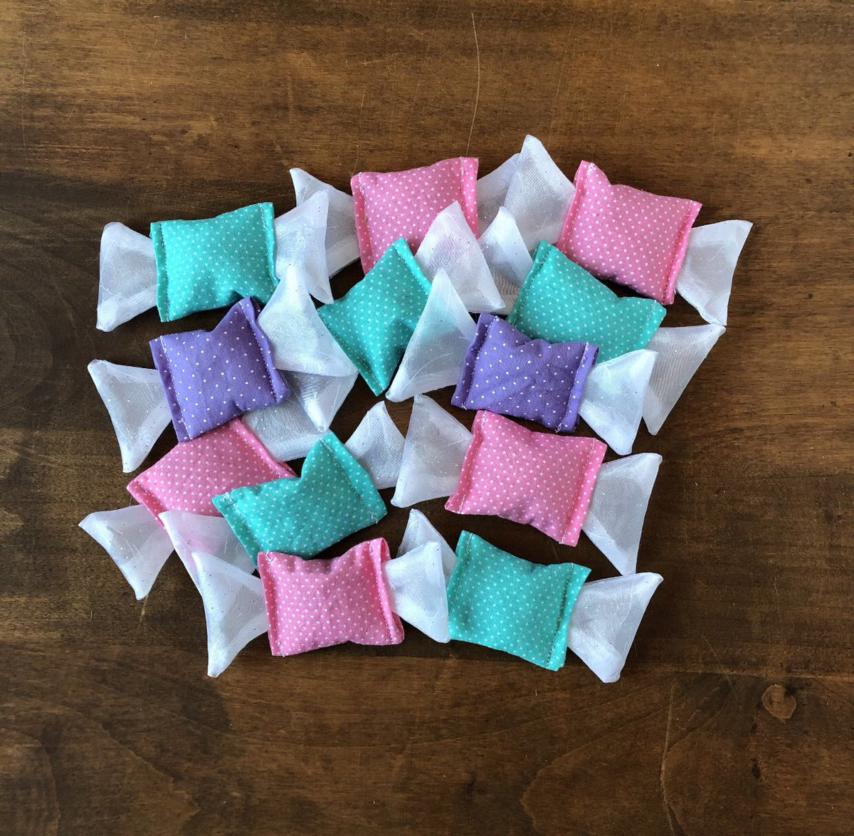 Looking for the purrfect gift for your furry Valentine? 😻  Catnip candy will make kitty's heart go pitter patter with its potent organic catnip and silvervine filling and fun toy design!     #furryvalentine #caturday #catsoftwitter #catmom #catdad