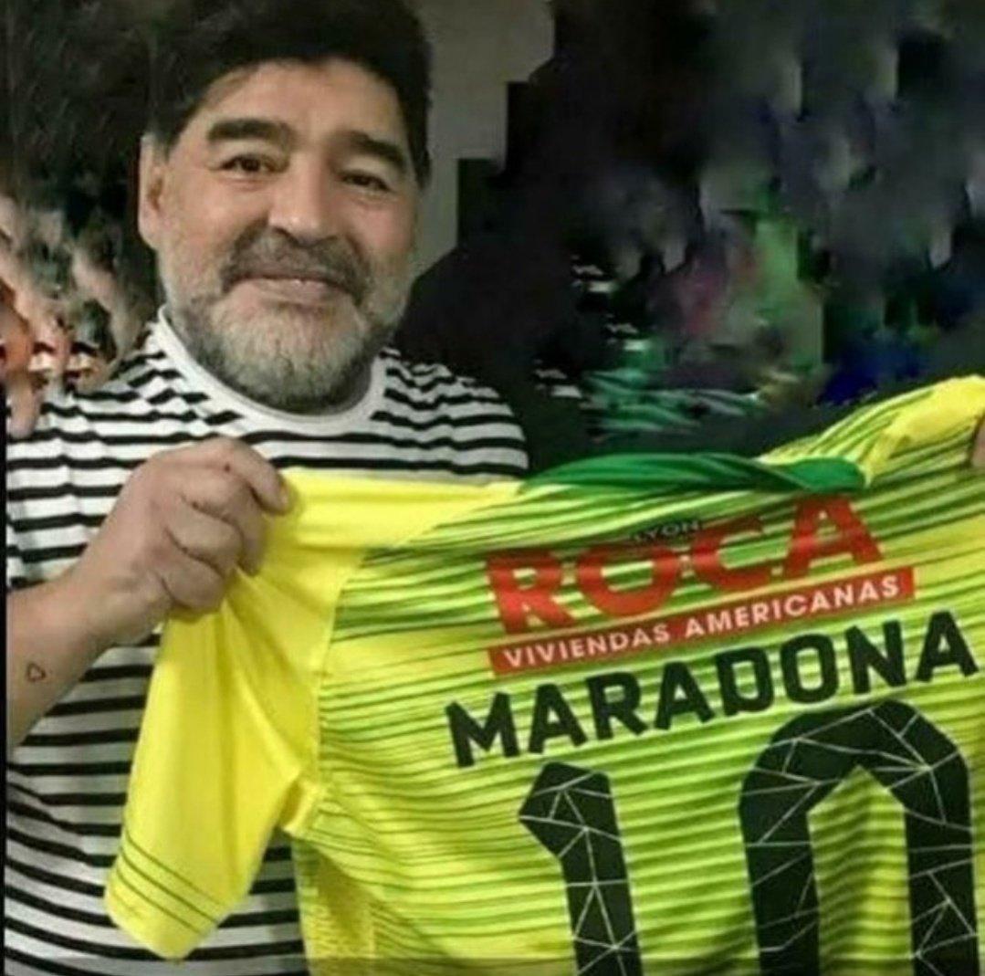 Fuaaaa, el Diego. #DefensayJusticia #Lanus #Sudamericana #futbol #Maradona