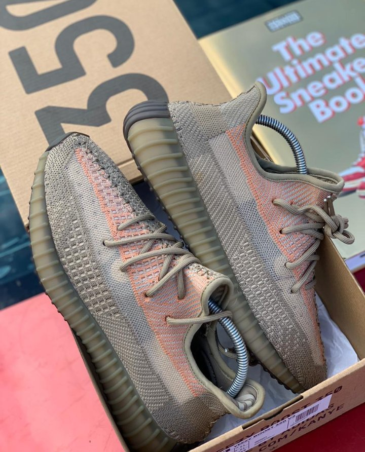 Adidas Yeezy 350 Trainers Primeknit upper on a boost sole Promo: 10% discount Phone/Whatsapp: 08039562419 Telegram:t.me/KitshouseX Pls send DM /