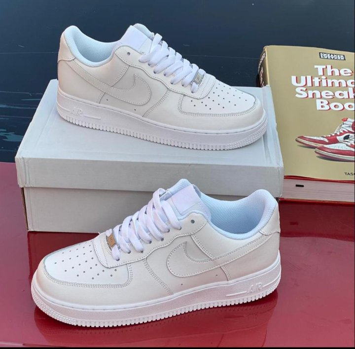 Nike Airforce Trainers Insanely comfortable... Promo: 10% discount Phone/Whatsapp: 08039562419 Telegram:t.me/KitshouseX Pls send DM /