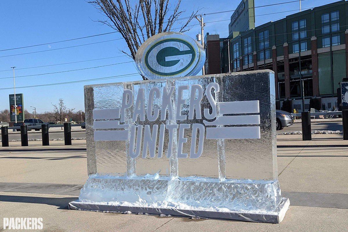 Replying to @packers: #PackersUnited ❄️