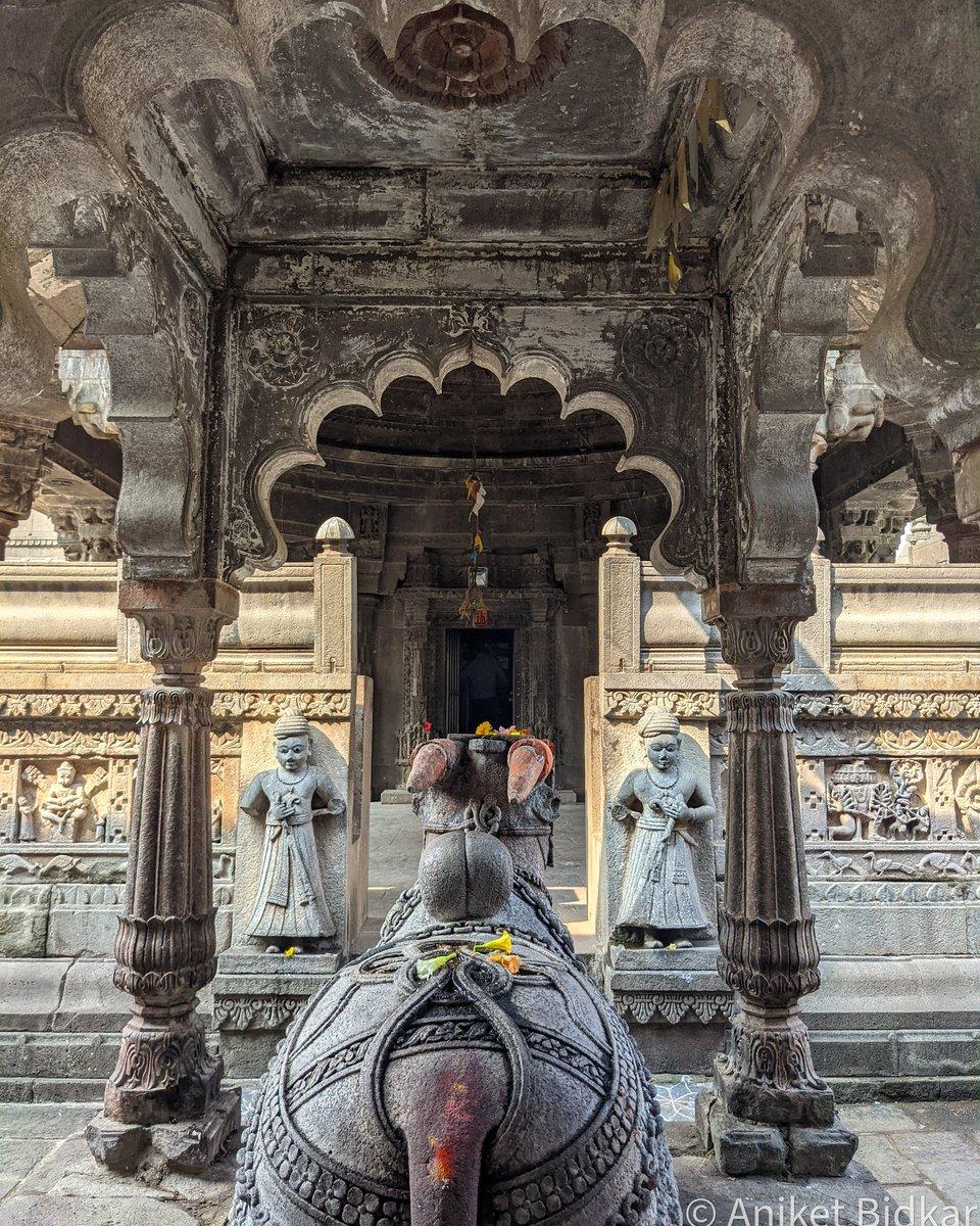 कायगाव टोके येथील सिद्धेश्वर मंदिरातील नंदी!  #PicOfTheDay #ThePhotoHour #PictureOfTheDay #temples #templesofindia #templesofMaharashtra #maharashtatourism #म #माझाक्लिक #मंदिर #Archaeology #archaeologysurveyofindia #Maharashtra #incredibleindia #ASIGoI