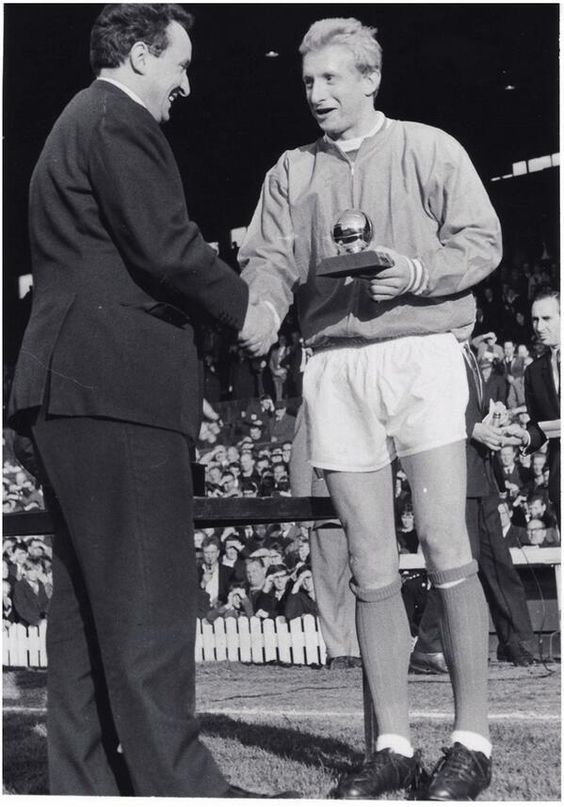 #DenisLaw with the Ballon d'or for 1964