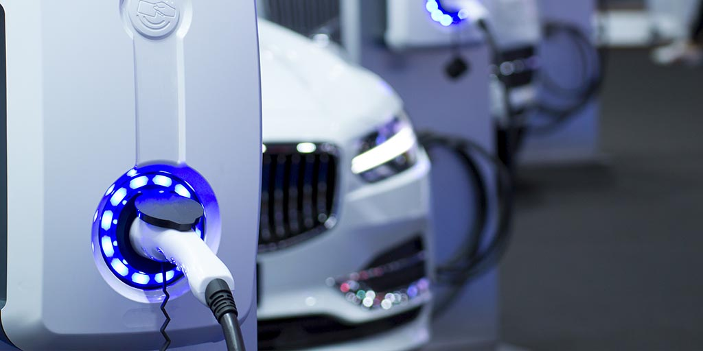 Volkswagen has made a prototype of the electric vehicle charging robot concept it first showed off in proof-of-concept form in late 2019, and plans to keep developing the idea.   Read more >   #Electric #Robot #Volkswagen #Tech #T…