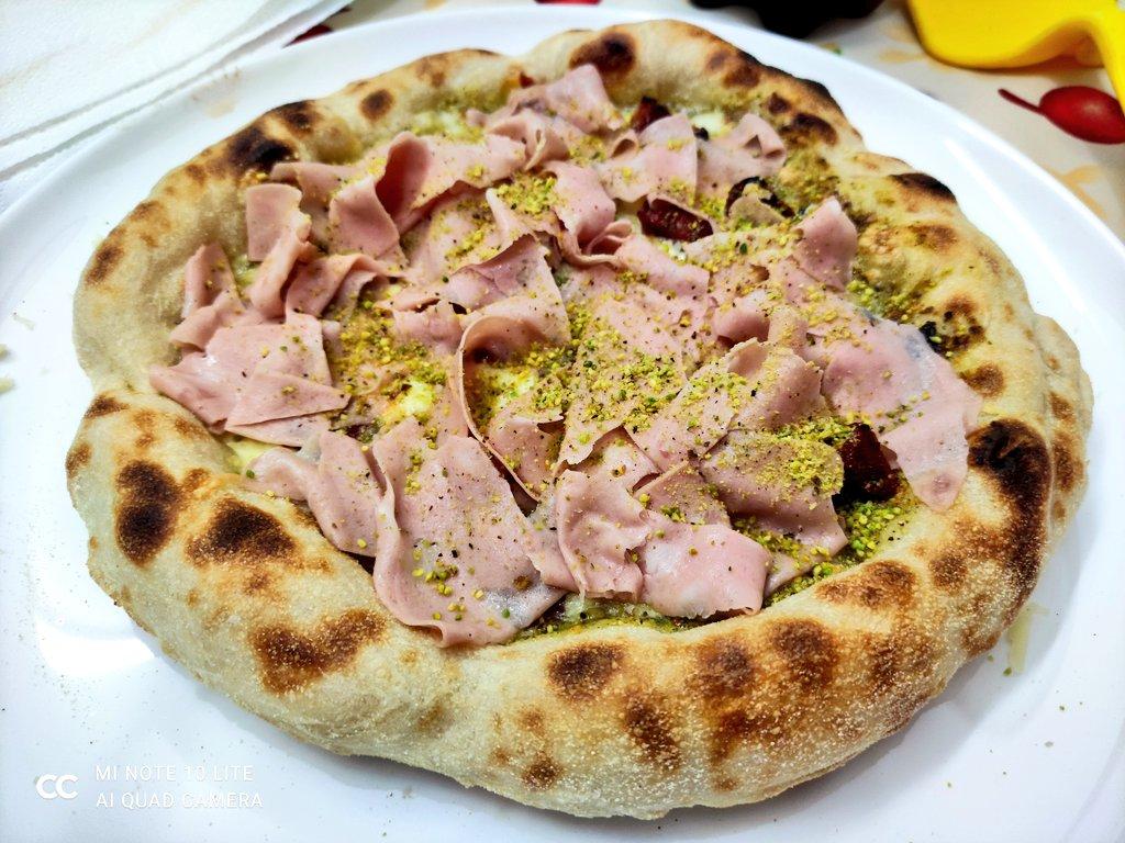 Facciamo anche consegne a domicilio 😂😜  #Pizza  #handmade #homeMade  #SaturdayVibes