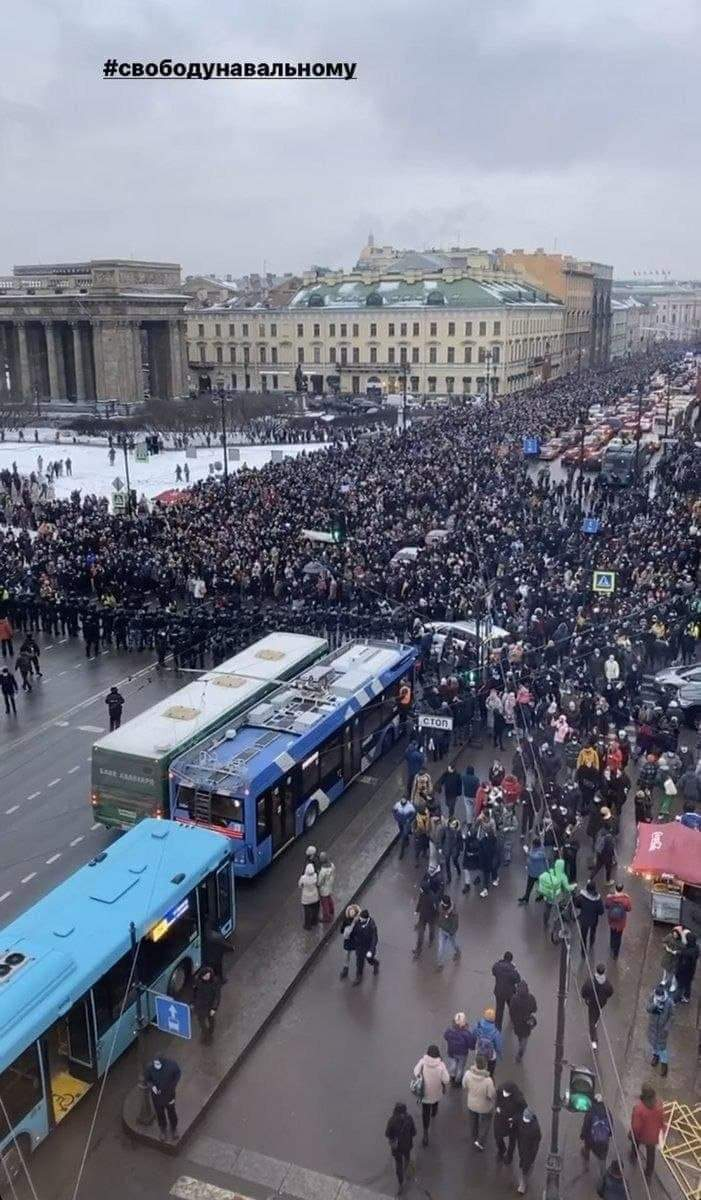 Almost all young people in Russia are against insanity what is happening in here. There were big protests all over Russia. More than 100 thousand took to streets (more than 2500 detained). I don't know what will happen next, but we will win in the end.  St. Petersburg on picture. https://t.co/aw9fnFX7gT