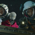 Image for the Tweet beginning: Netflix's 'Space Sweepers' trailer looks