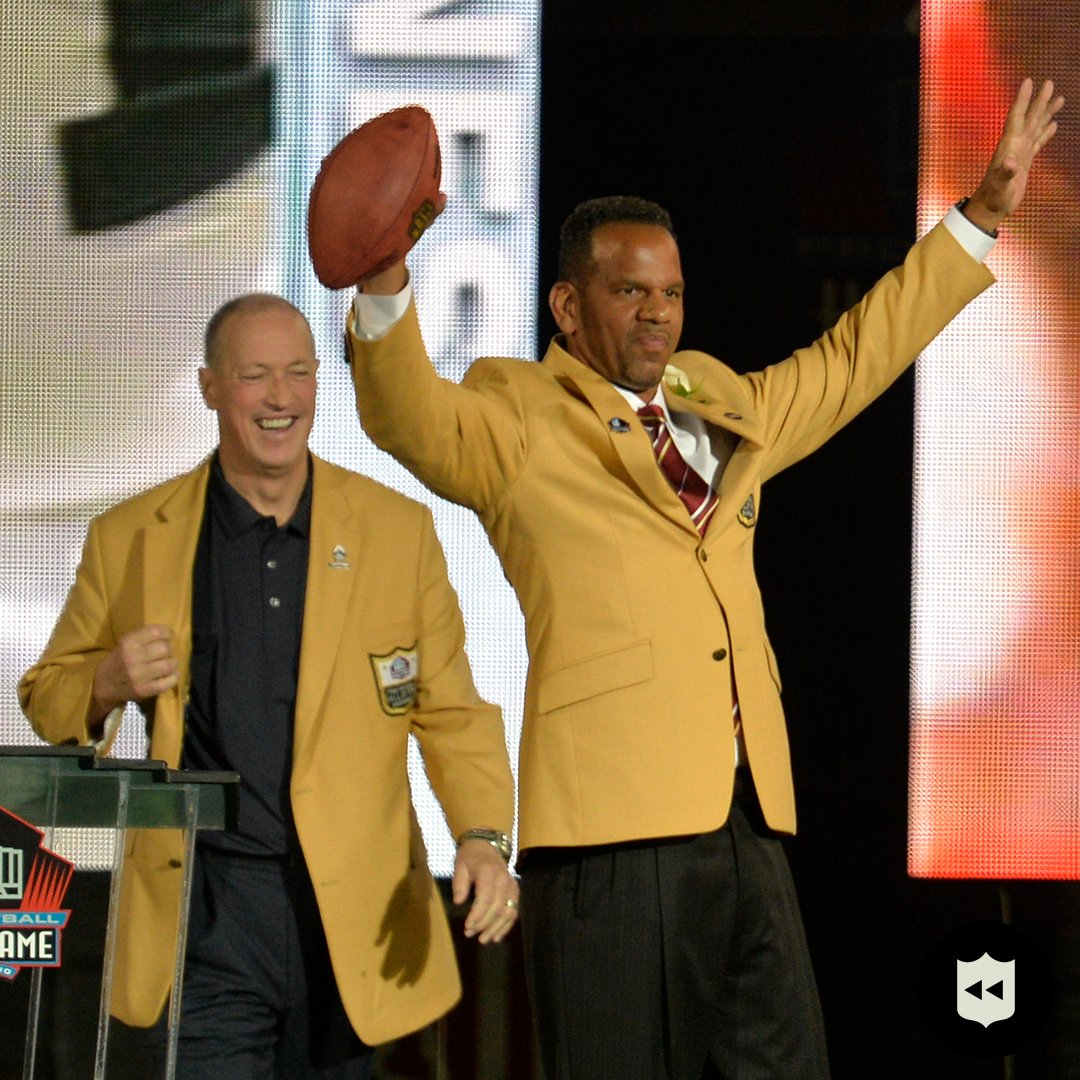 That HOF connection between @JimKelly1212 & @Andre_Reed83 🙌  📺:#BUFvsKC— Sunday 6:40pm ET on CBS 📱: NFL app // Yahoo Sports app