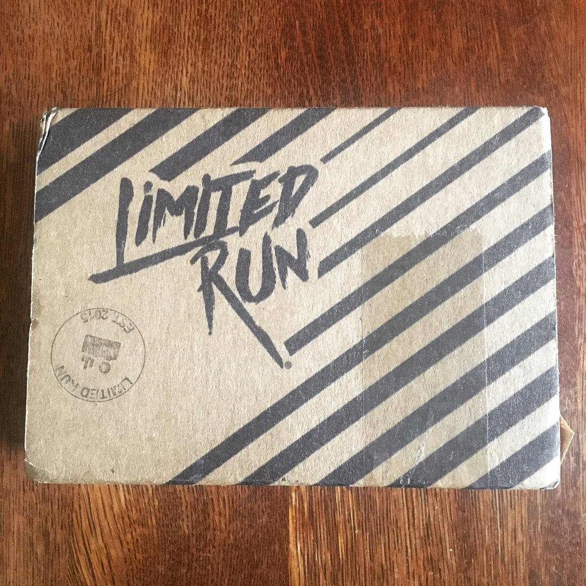 😯  #foreverphysical #whatsinthebox #videogames @LimitedRunGames