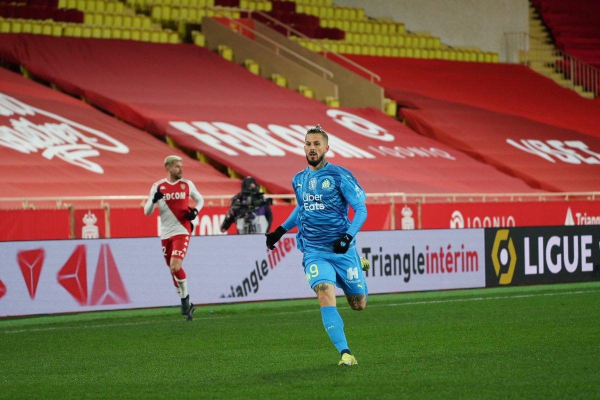 ⏱️ 46' A big second half has just kicked off in Monaco. ALLEZ OM!   #ASMOM    0⃣ - 1⃣   ⚪️🔵