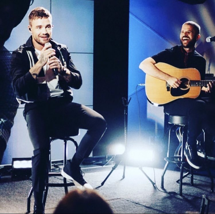 "📲@LewieAllen via Instagram   ""Would be nice to do some gigs again soon 😫😫😫 this was a #liampayne show in #newyork @YamahaGuitars #yamaha #livemusic #sessionmusician #sessionguitarist #guitar #guitars #onedirection #gig #guitaristsofinstagram"""
