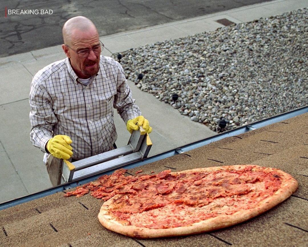 If you like hand-tossed pizza this rooftop restaurant has a great cook.