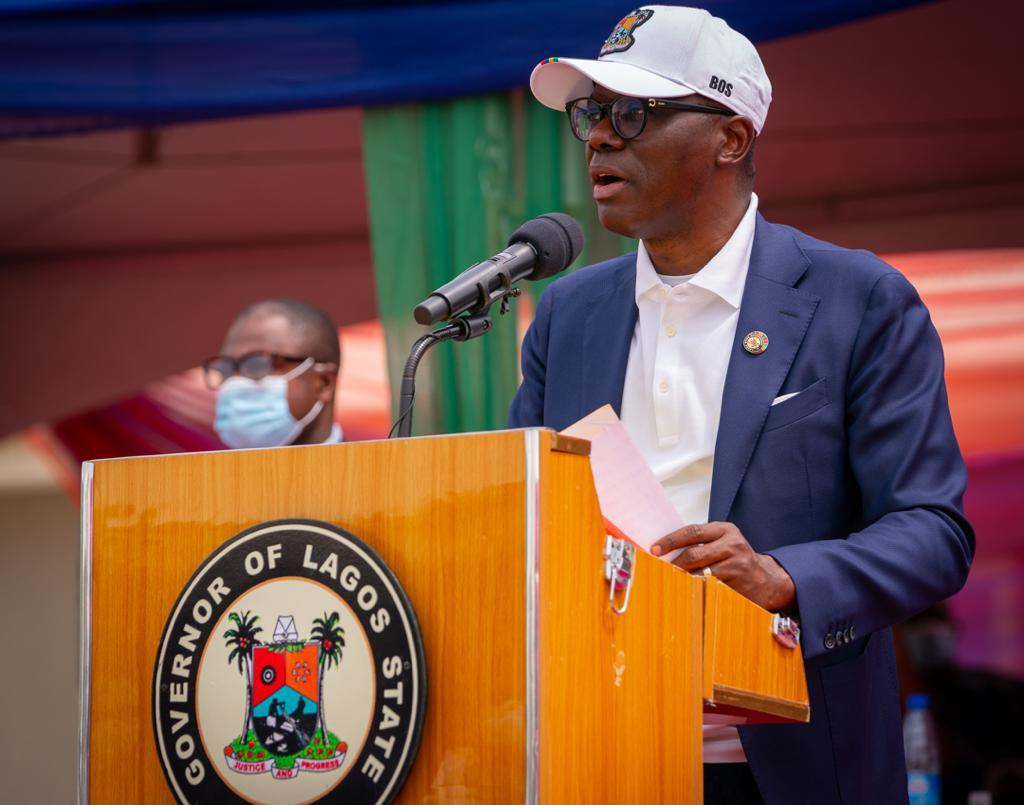 Today, in Badagry, we commissioned a number of projects which include a 110-bed Maternal and Childcare Centre (MCC), School of Anaesthesia at Badagry General Hospital and 252 units of two bedroom terraced bungalows in Idale.