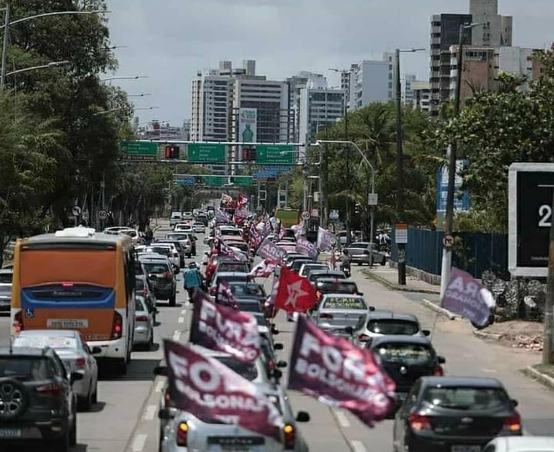 As carreatas pelo Impeachment das Frentes POVO SEM MEDO e Brasil Popular foram gigantes em todo o Brasil. Essas são do Nordeste! #ForaBolsonaro
