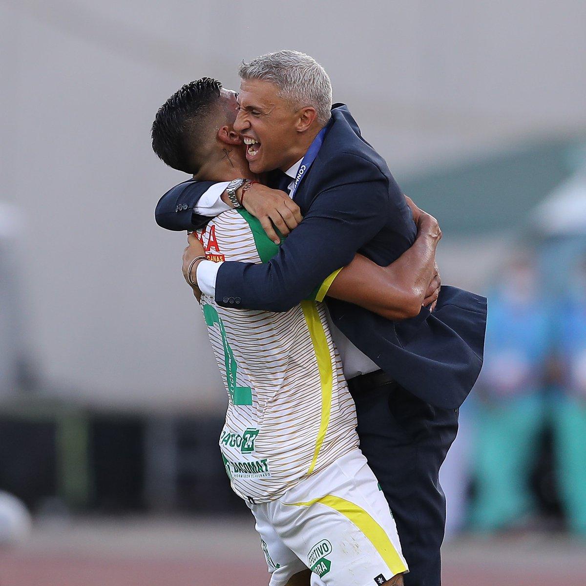 Hernan Crespo has won the Copa Sudamericana as Defensa y Justicia manager 😎