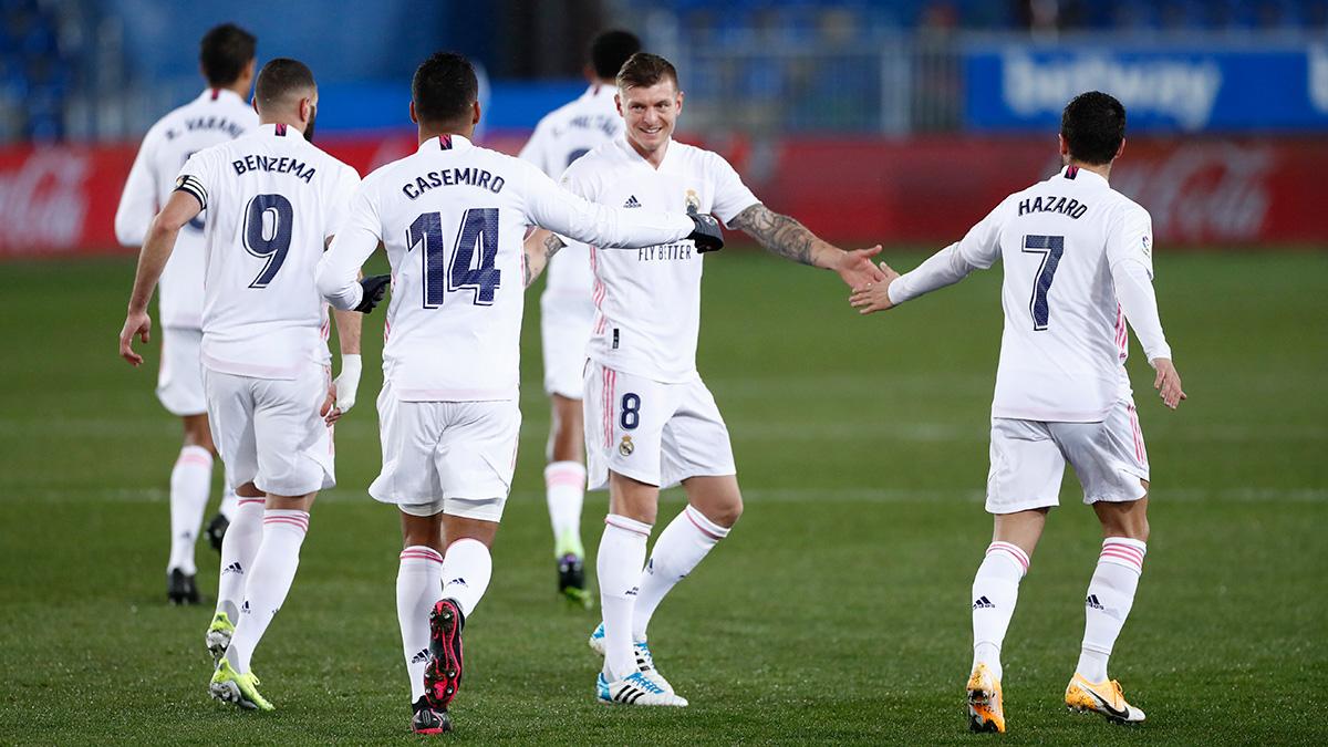 Replying to @realmadrid: 📸 Nuestros 3⃣ goleadores...  ⚽ @Casemiro ⚽⚽ @Benzema ⚽ @hazardeden10  #RMLiga | #HalaMadrid