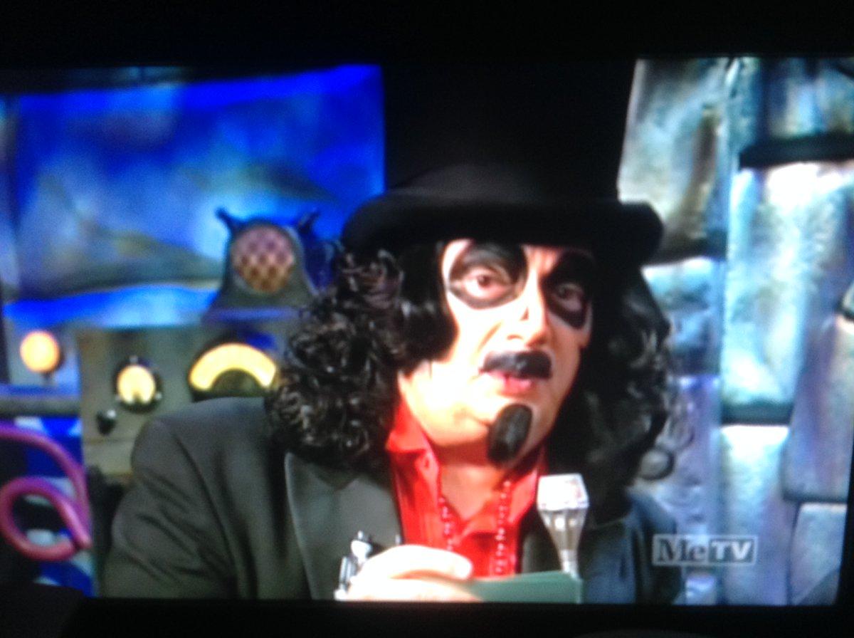 "^Also enjoyed #Svengoolie's classic segments with professional wrestling legend #MickFoley, the classic ""SvenSurround"" segments & Sven's classic Chicago #C2E2 segment during ""Man-Made Monster"" (1941)!    Sidebar: The sock puppet is not ""Sockeye Sam!"""