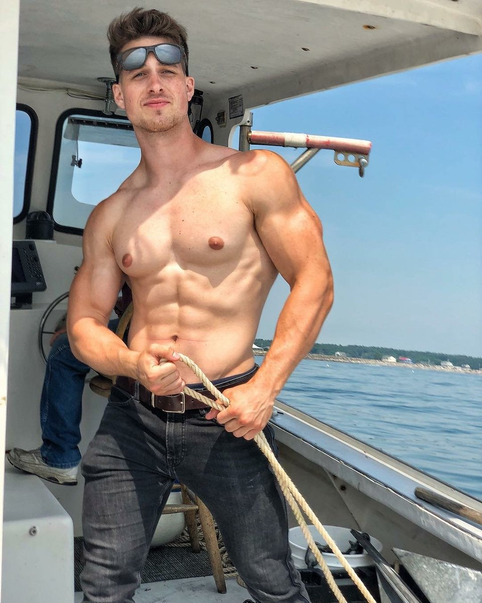 Who would go on a boat ride with this guy? #Me✨ #NickSandell @SandellNick