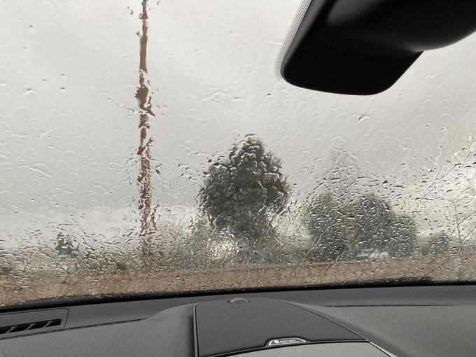 Current view from inside my car ☔️ https://t.co/uq82iXCoQr