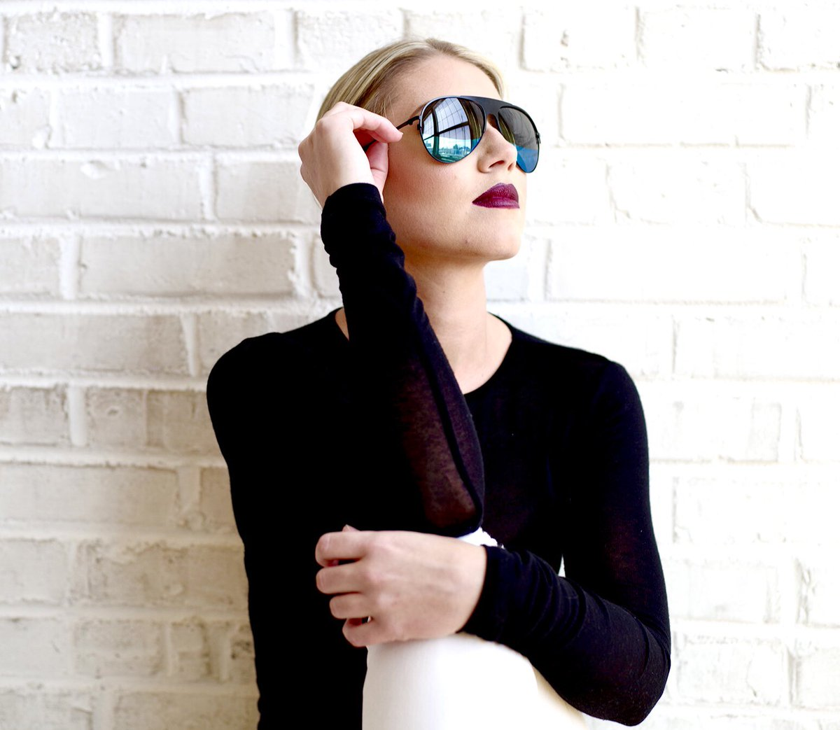 Luxury eyewear inspired by nature's hidden beauty: black & blue eyes of the Blue Damselfly. #SeeBeyond🕶  #vulishades #eyewear #eyehealth #uvprotection #polarized #damselfly #insects #inspiration #lenses #blackowned #blue #unisex #sunglasslover #shades #aviators #blonde