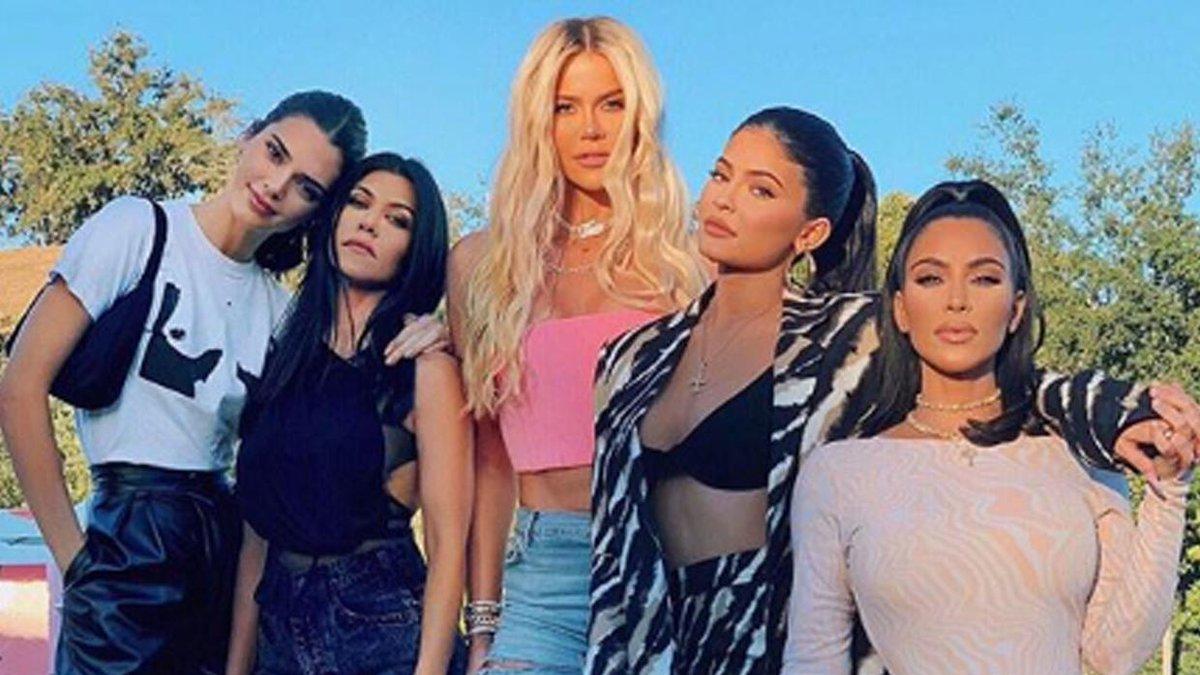 Fama, negocios y escándalos del clan Kardashian: todo lo que debes saber sobre esta polémica familia.