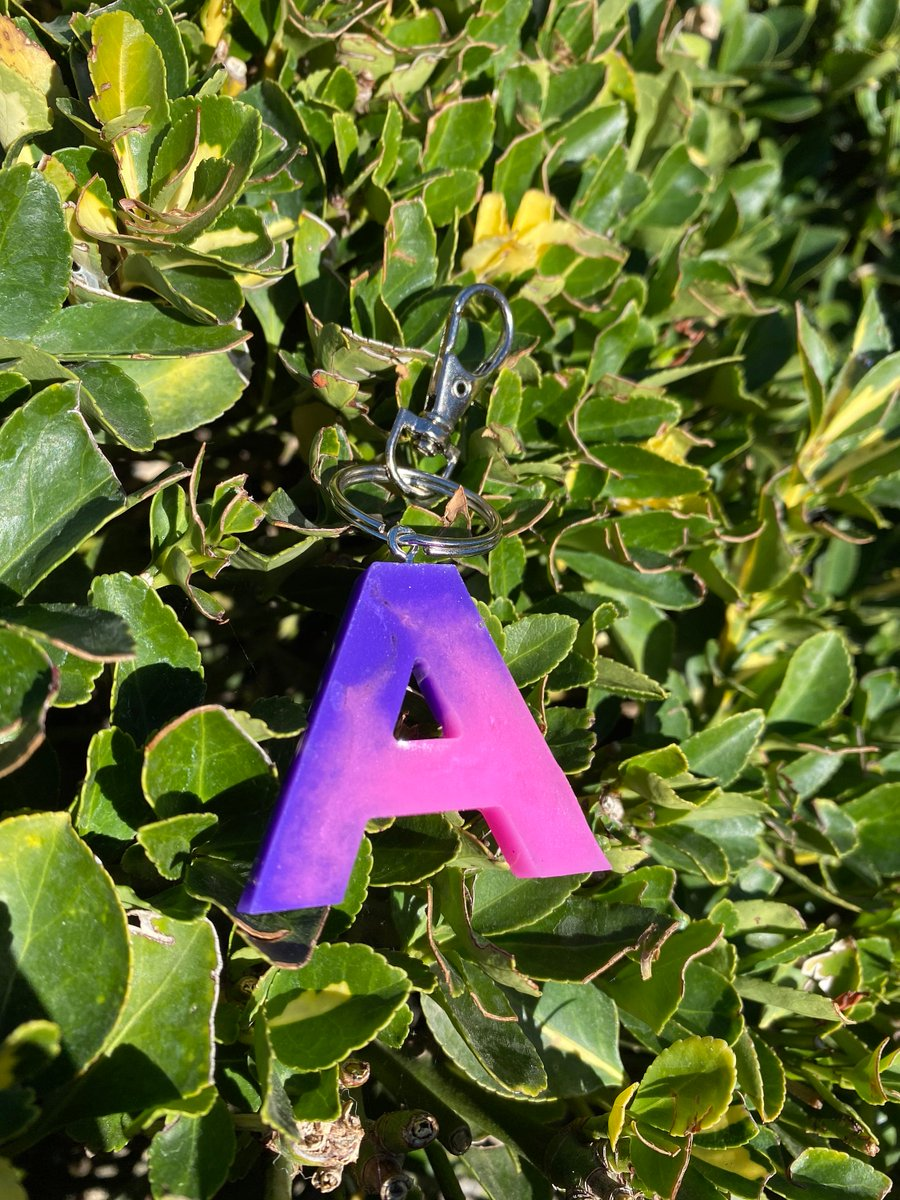 Excited to share the latest addition to my #etsy shop: Resin Letter Keychain  #resin #keychains #letterkeychains #resinkeychains #madetoorder #resinletters #sparklekeychains #love2jewelry #resinart #funwithresin #love2jewelry #ombre #pink #purple