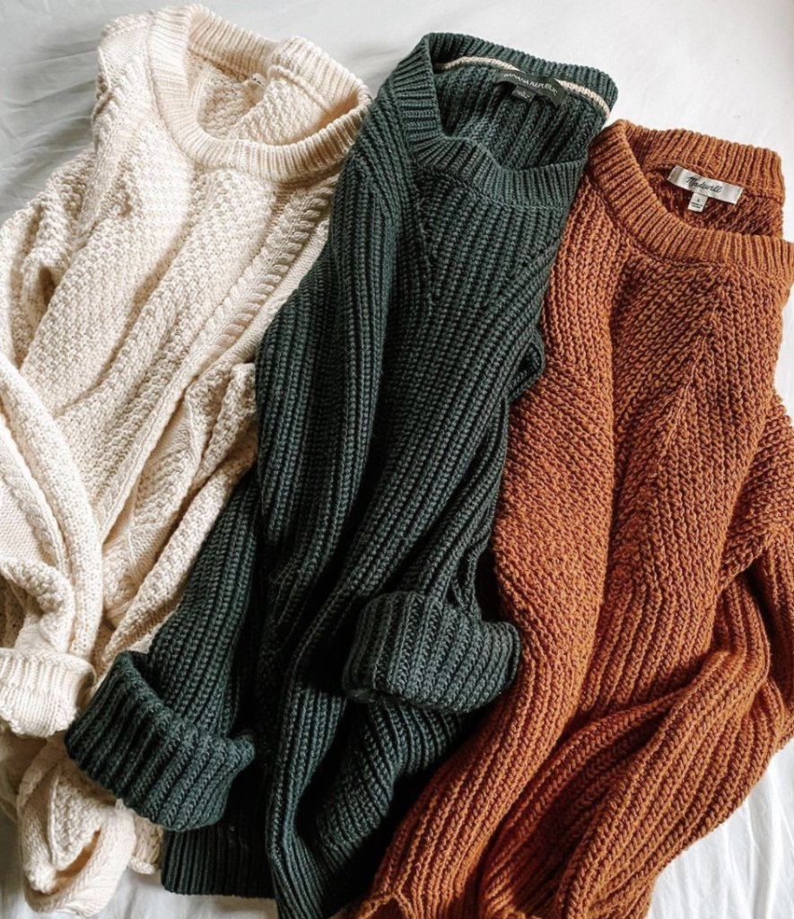 How many sweaters is too many sweaters? Asking for a friend.   (📸: lindsaymcwhorter)
