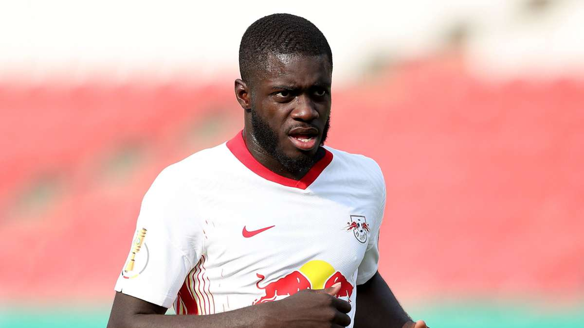 Manchester United and Liverpool are both keen to sign RB Leipzig defender Dayot Upamecano, reports the Mirror. Where should the France star go?