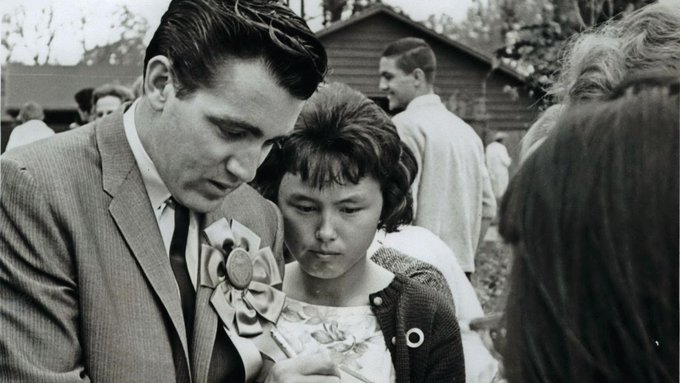 Jimmie Rodgers, singer of Honeycomb and other hits, dies Photo
