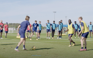 """This glimpse into a #USMNT practice from training camp in Bradenton, Florida, shows players competing in the """"Villarreal 10v3"""" possession exercise.  @MikeWoitalla"""