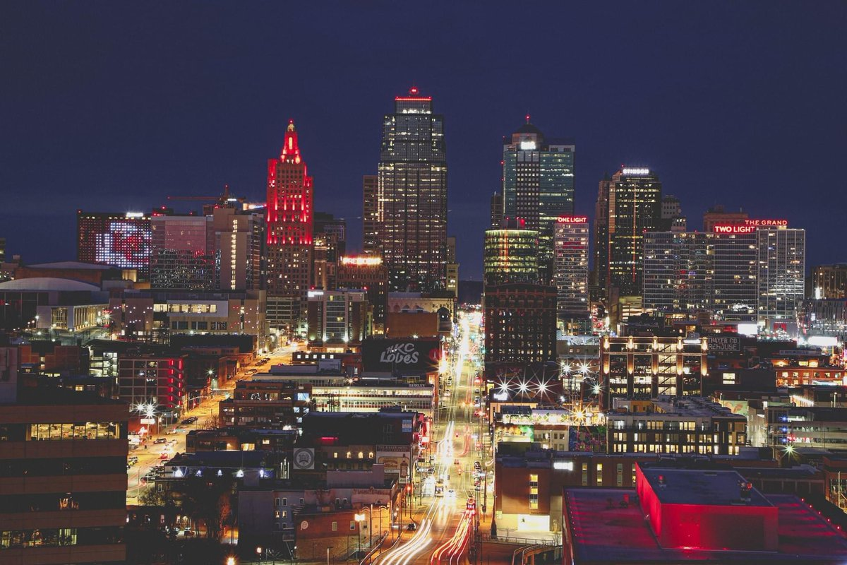 My hometown is looking good tonight . . . #RunItBack  #ChiefsKingdom  (📷 borrowed from the @Chiefs)