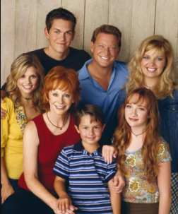 I've been re-watching this #tvshow that's probably considered old now. It's so good at getting me to #laugh 🤪😂. Who all watched it? #reba #laughteristhebestmedicine