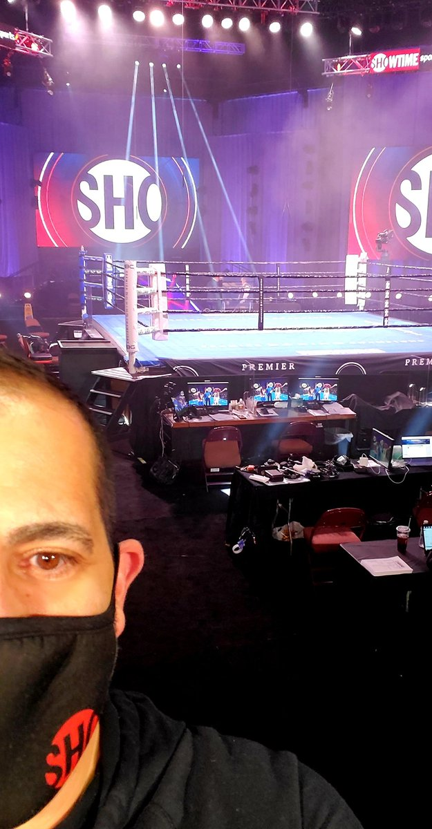 Back at @MoheganSun for our 10th fan-less boxing event since August. Three intriguing fights, headlined by #LeoFulton world title fight. On NOW on @Showtime.