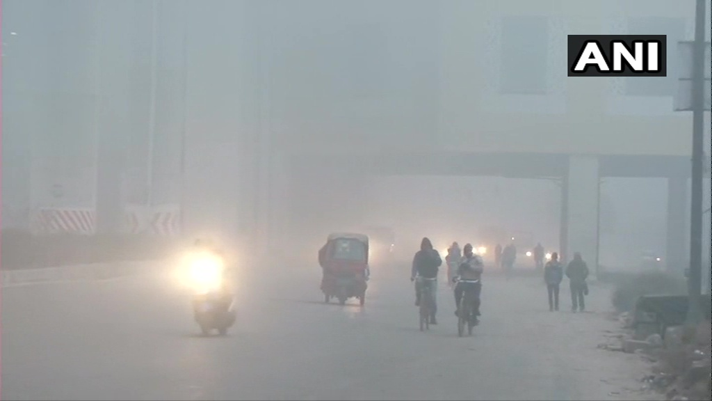 Moderate fog in the national capital today; Dense fog and minimum temperature of 4 degrees Celsius expected in the coming week (ANI)