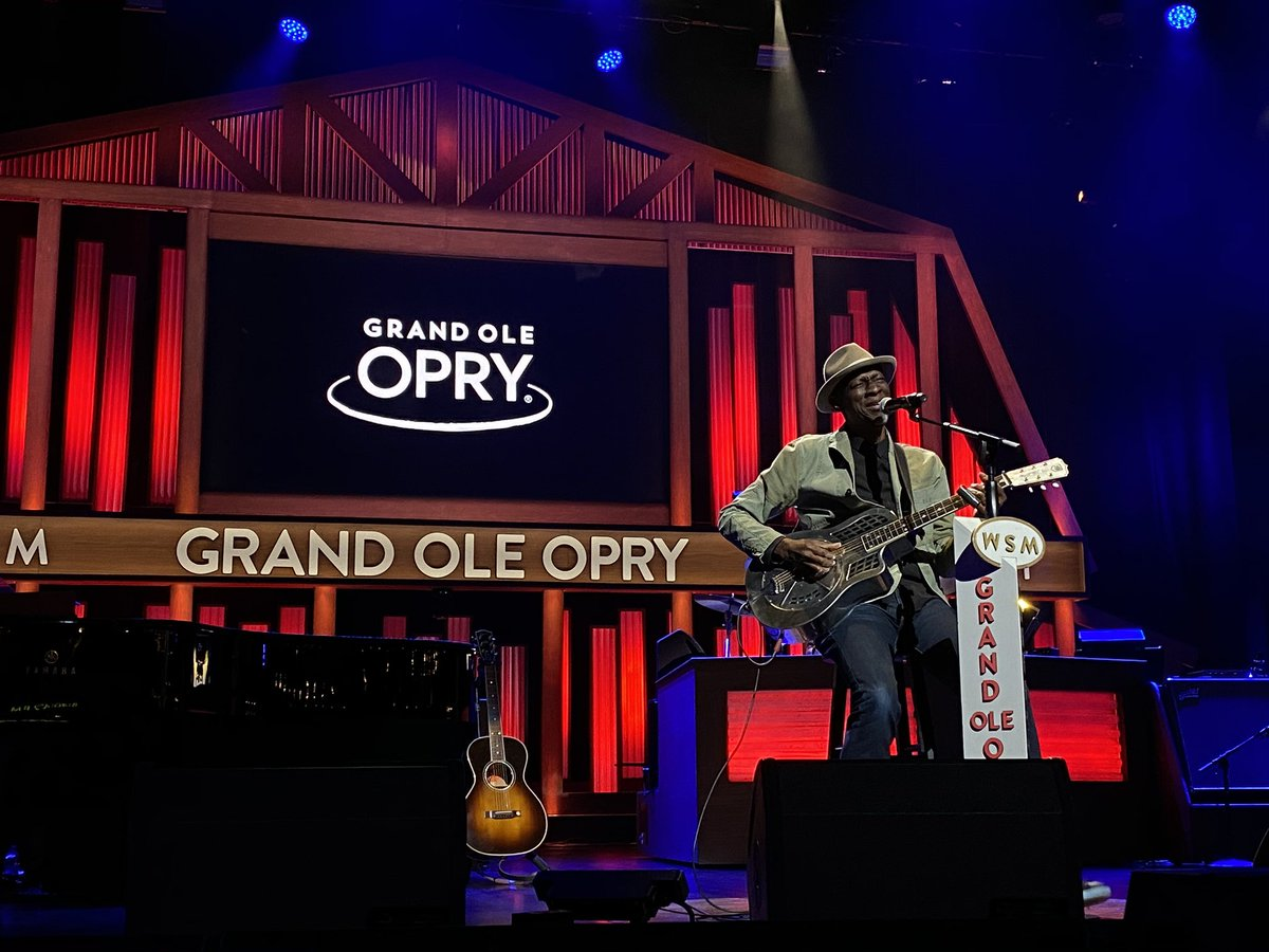 It is ALWAYS a pleasure to have @kebmomusic here at the Grand Ole Opry! #OpryLive