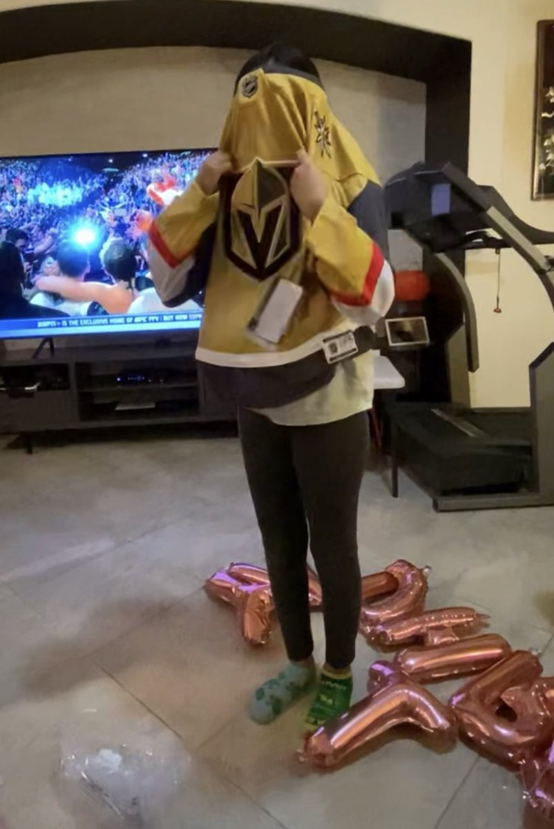 Get your baby girl a GOLD Jersey before yourself. To feel happy and jealous at the same time 🤣🤣 #hbd #VegasBorn @GoldenKnights 💕💕💕💕💕🥺🥺🥺🥺🥺 I'm so happy to make her happy, anything for the babes. #GoKnightsGo