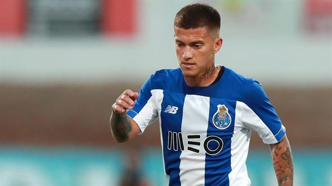 Source: Vancouver Whitecaps make offer for FC Porto/Brazil youth int'l No. 10 Otavio. First reported by Sicnotias. AC Milan also reportedly interested. Contract expires this summer, Whitecaps offer $5m signing fee + $2m/yr contract. Otavio, 25, has 17g/45a in 166 apps w/ Porto