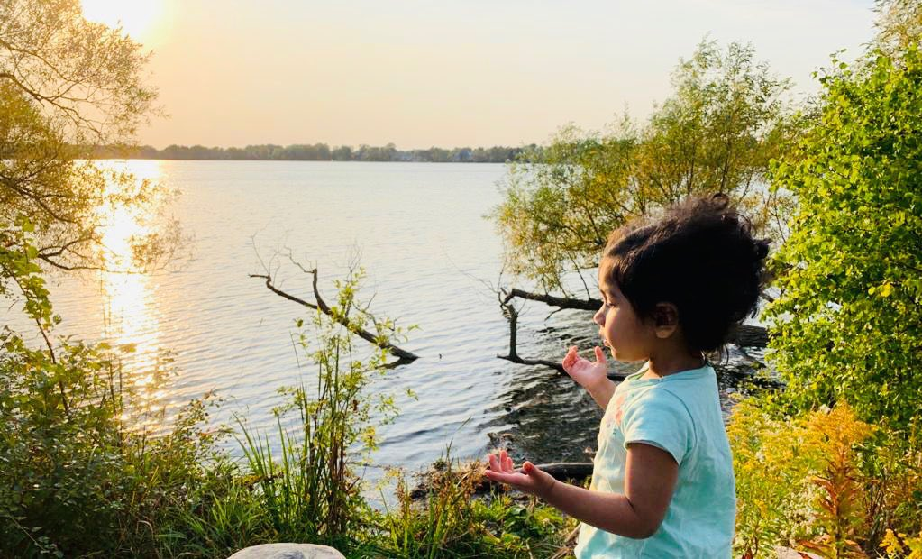 Meditation- we start early in my family 😂🥰  Noor (my niece) ❤️  (Noor means light ) 😊  #sunset #peace #meditation #weekendvibes