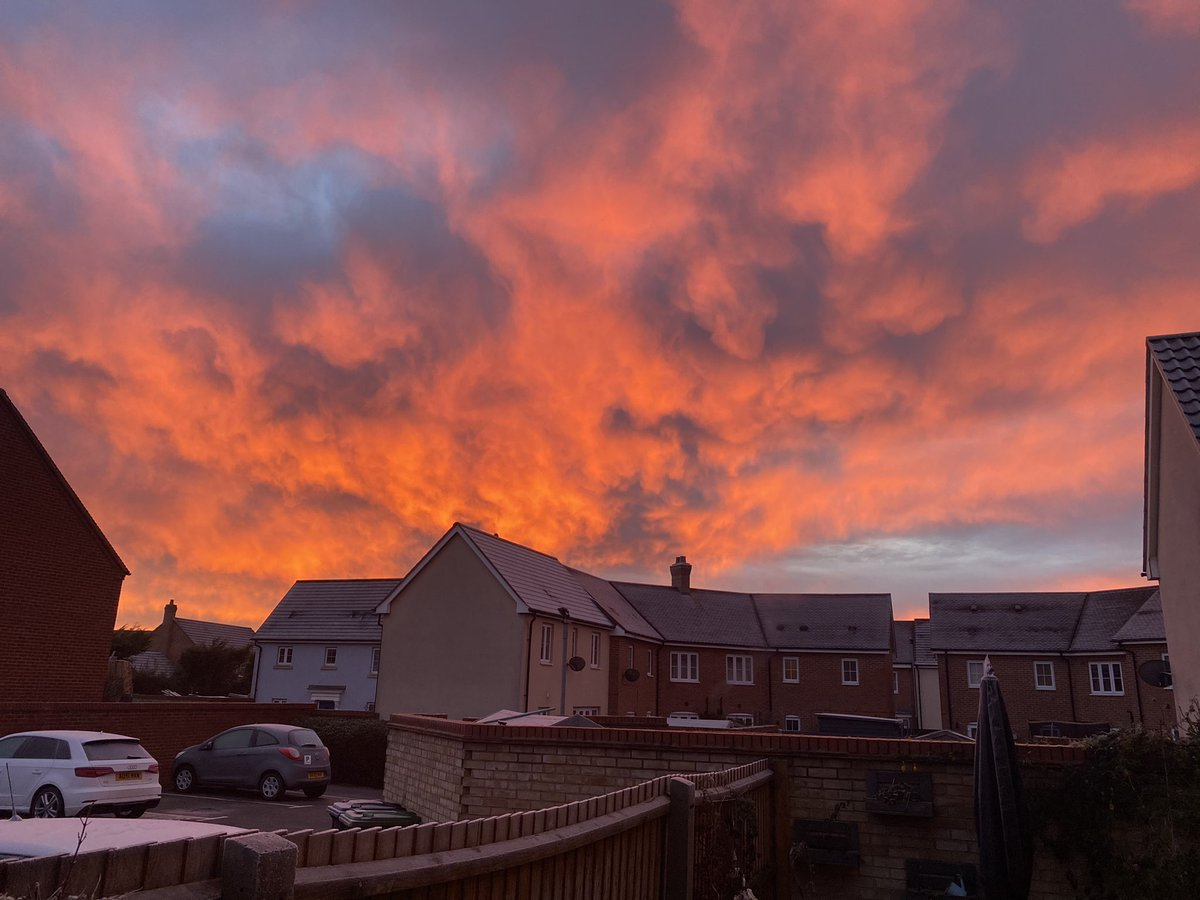 When the sky looks like fire 🔥 #nofilter