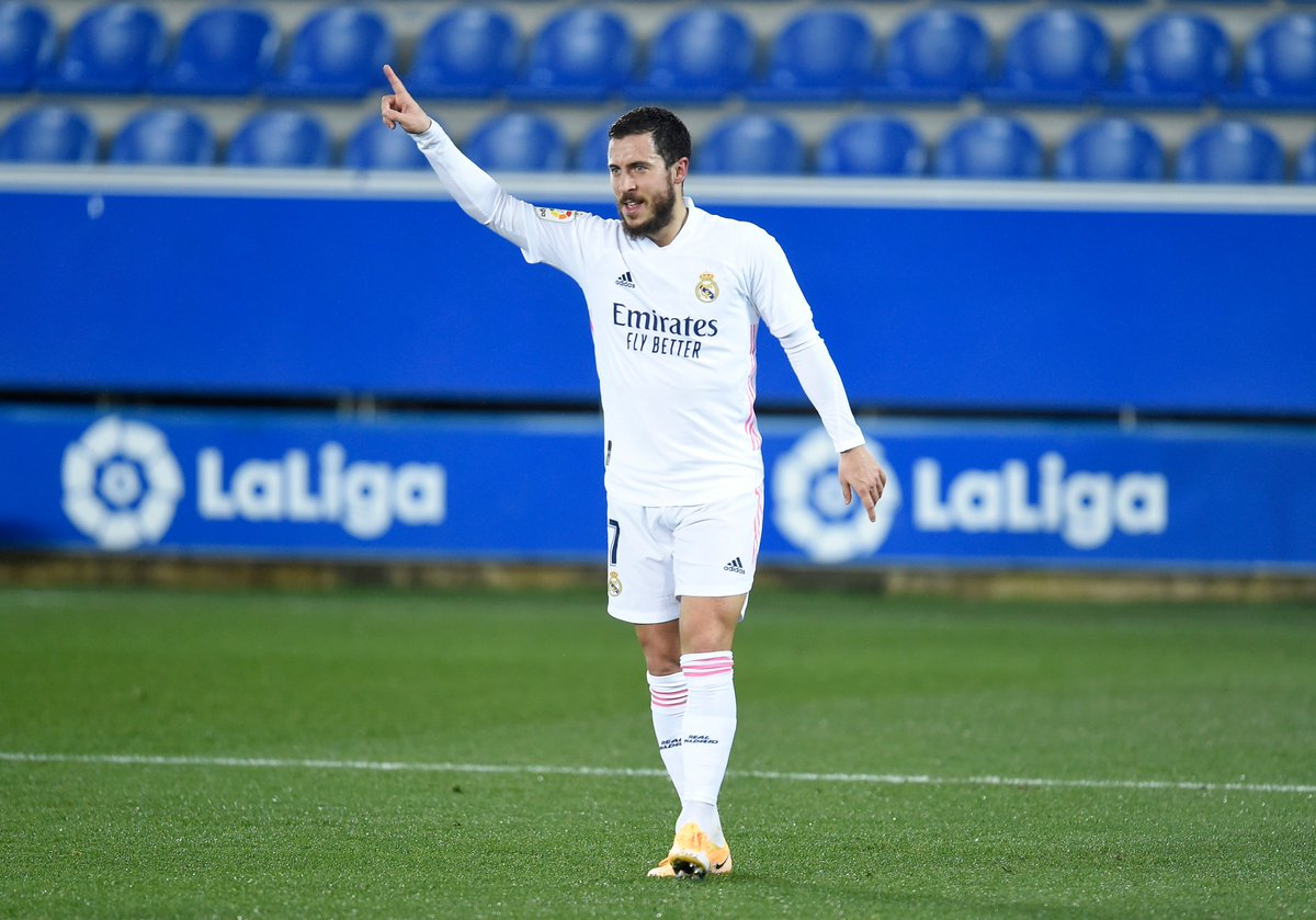 . @hazardeden10  is looking sharper when healthy this season His performance against Inter Milan earlier and last night against Alaves are the proof. I hope he remains healthy! #AlavesRealMadrid #edenhazard #RealMadrid #HalaMadrid