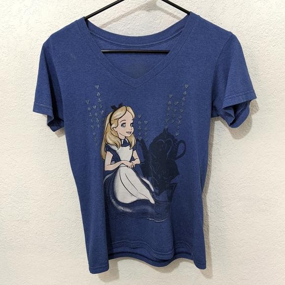 So good I had to share! Check out all the items I'm loving on @Poshmarkapp from @GYenta #poshmark #fashion #style #shopmycloset #disney #whitehouseblackmarket #5best: