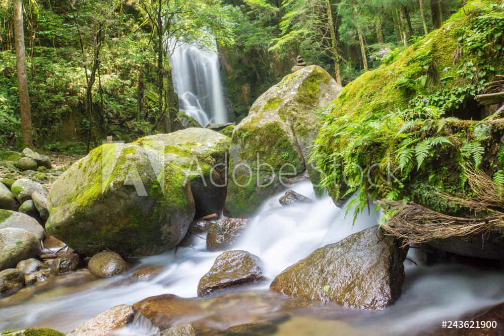 桑ノ木の滝3→ 詳細→ 他の写真は  #写真を撮るのが好きな人と繋がりたい  #ストックフォト #photographer #桑ノ木 #滝 #adobestock #photography