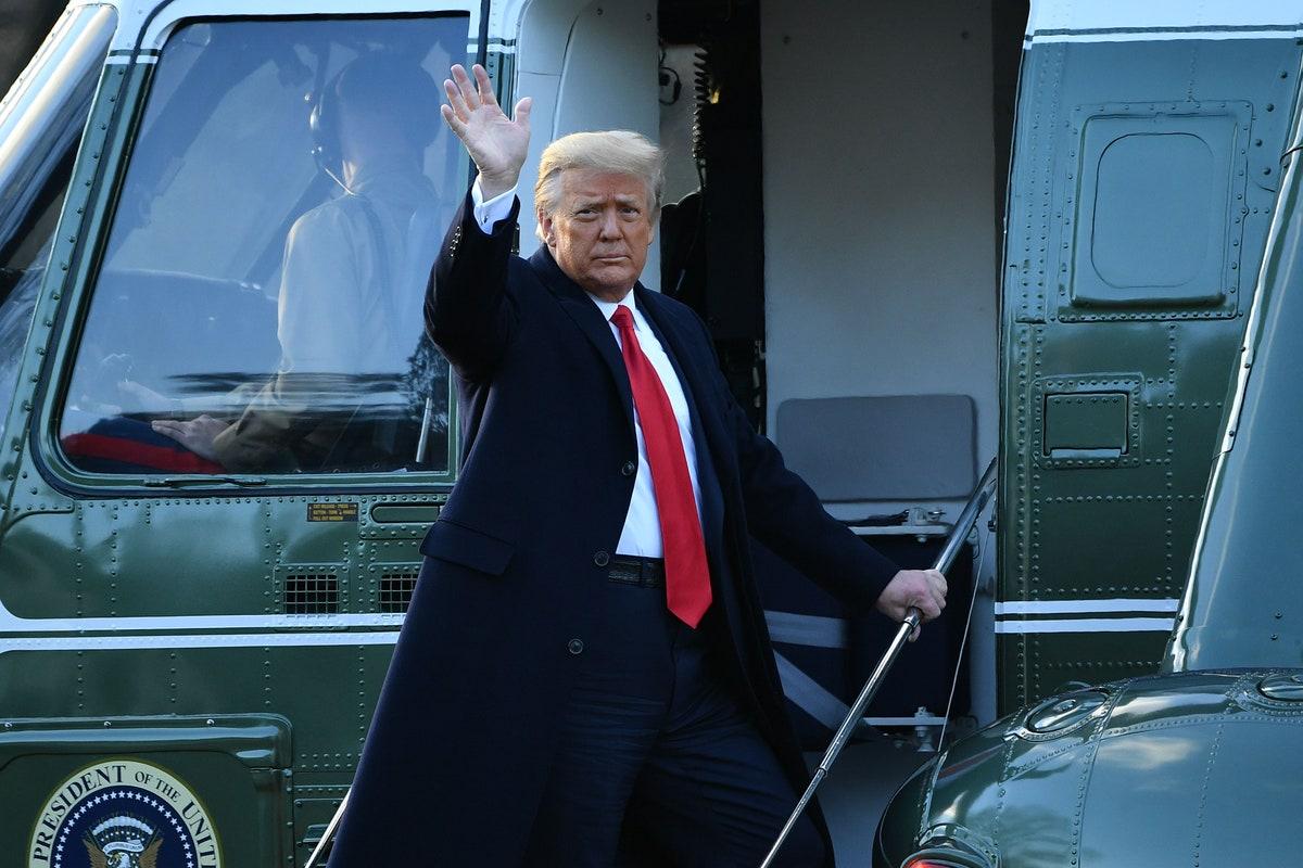 असली योद्धा पढ़ें गज़ब कटाक्ष👇  #TrumpBanned  #AmericaOrTrump  #SaveAmericaRally  #trumpisnotwell #26th_को_किसानो_दिल्ली_चलो
