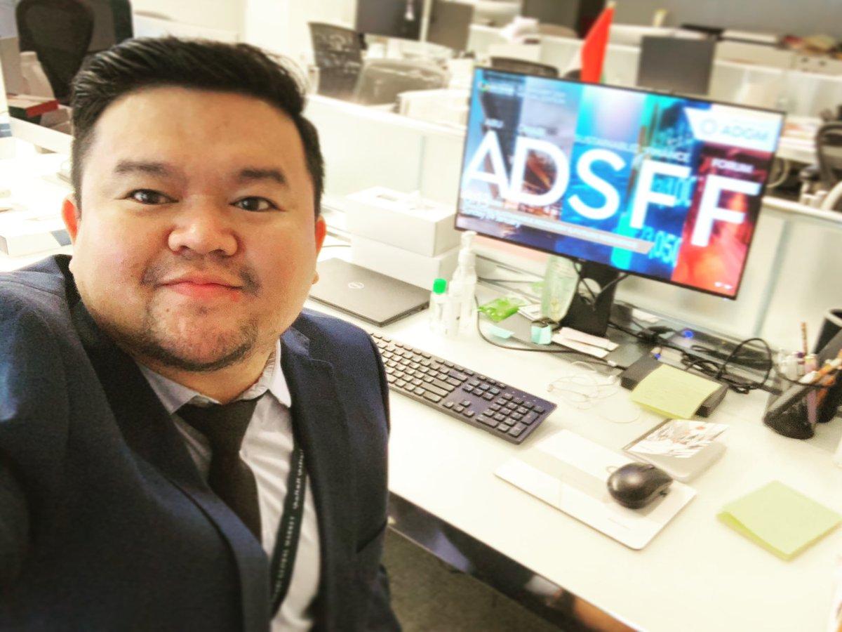 First day back! office feels. Thank God for perseverance, wisdom, favors and blessings.   Kud kud 2021! Kayod 2021!   #digitalmarketing #seo #sem #smm #inabudhabi