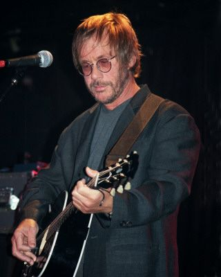 Happy Birthday to the late rock singer, Warren Zevon who was born today in 1947.