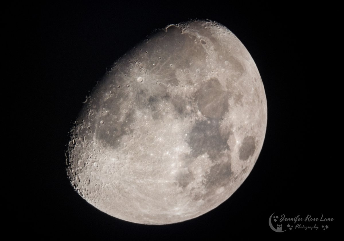 """""""The moon is a friend for the lonesome to talk to."""" ~Carl Sandburg #TheMoon #HeadFullOfThoughts #space #nightsky #astronomy #astropics #astrophotography"""