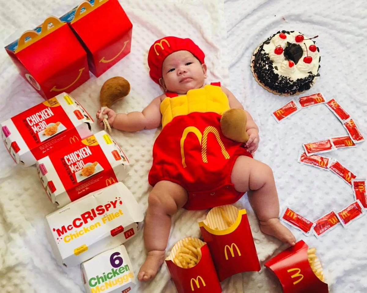 Happy 3rd month old today, Andreas! We love you!  #McDonalds #Mcdo #Mcdobaby #BabyAndreas #PhotoOfTheDay #photographers #Babymodel
